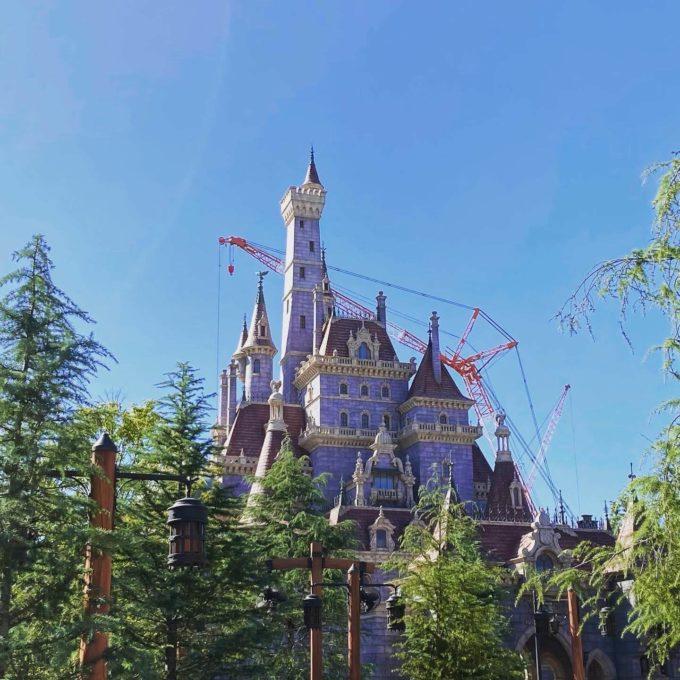 ディズニーランド 美女と野獣のお城